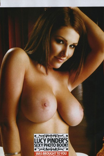Lucy Pinder (10 фото)