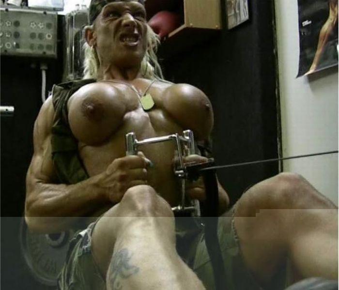 devushke-let-masturbiruet-video