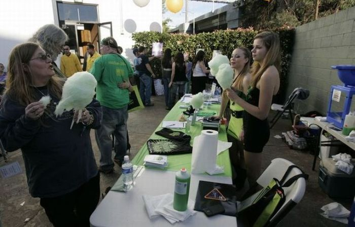 2010 SF Medical Cannabis Competition (49 фото)